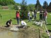 naravoslovni-dan_zasaditev-vodnih-rastlin_oc5a1-lesic48dno_maj-2021_ej-107